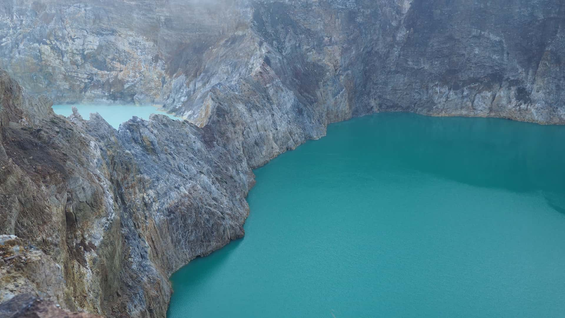 THE INCREDIBLE CRATER LAKES OF KELIMUTU