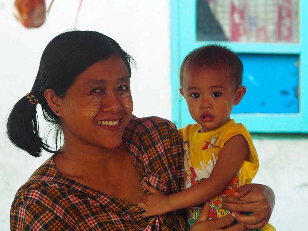 A mother and child in Mandalay
