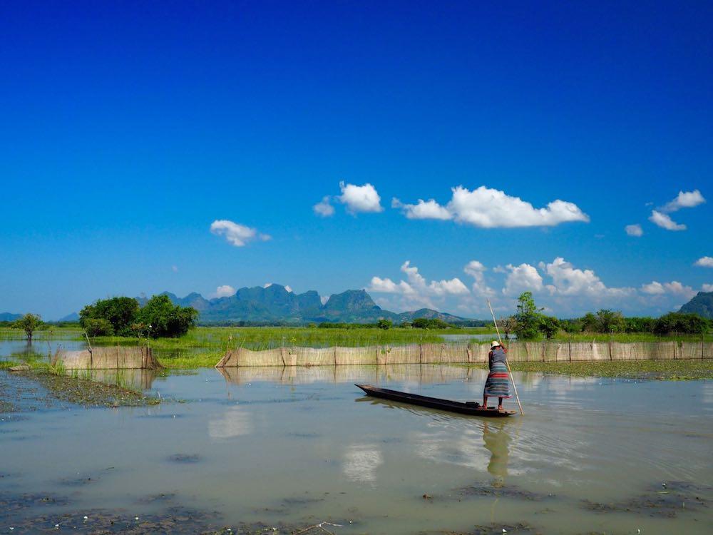 Boat man near Hpa-an
