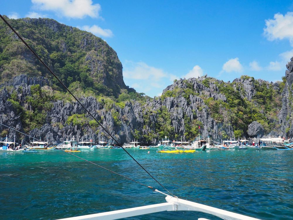 Crowds at Small Lagoon, El Nido