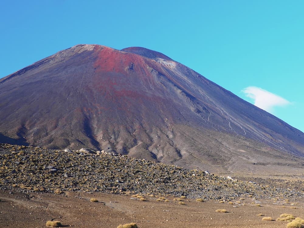 Mount Ngauruhoe in the sunshine - Tongariro Alpine Crossing