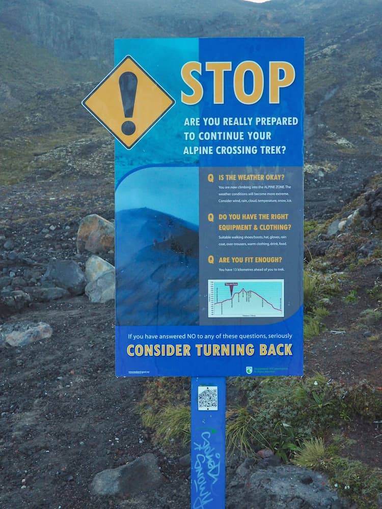 Warning sign - Tongariro Alpine Crossing