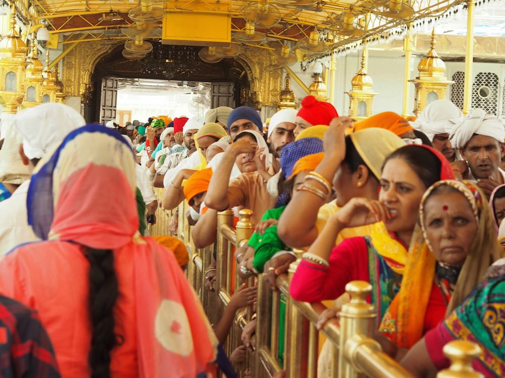 Queueing to visit the Golden Temple, Amritsar