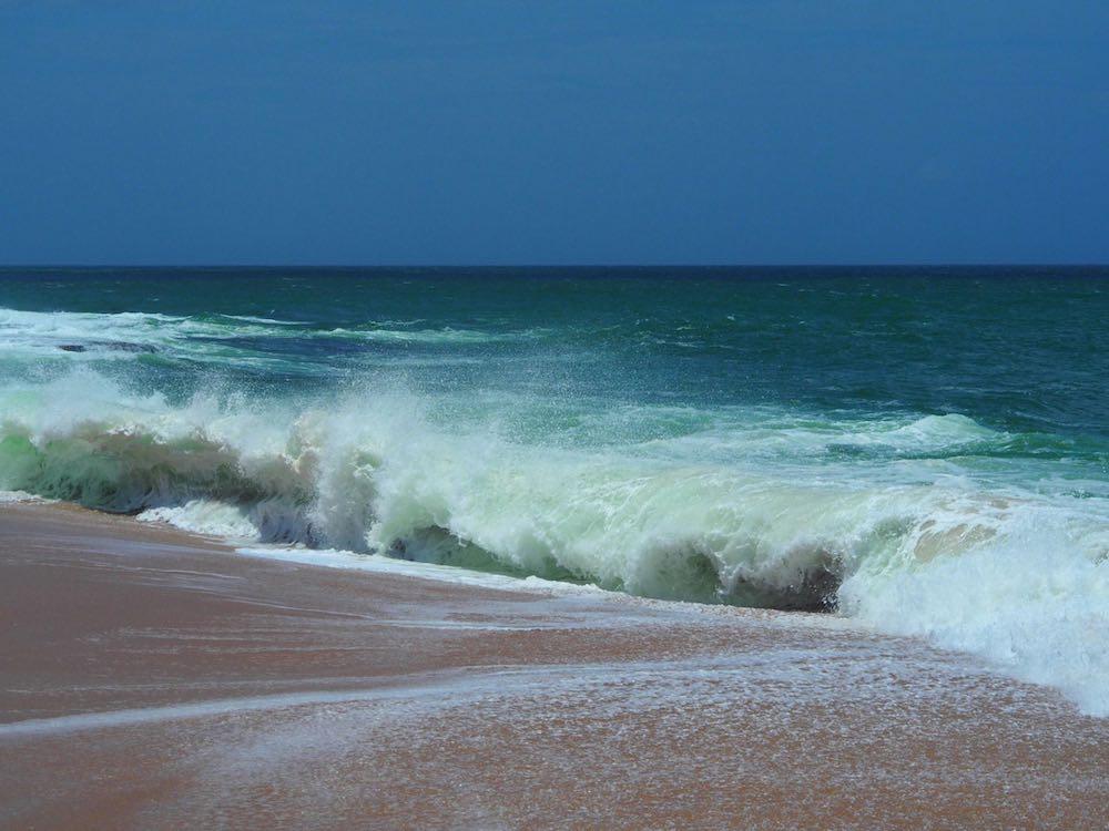 Marakolliya Beach, Sri Lanka