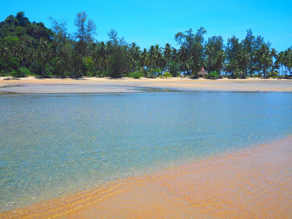 Phra Thong Bay, Koh Phra Thong