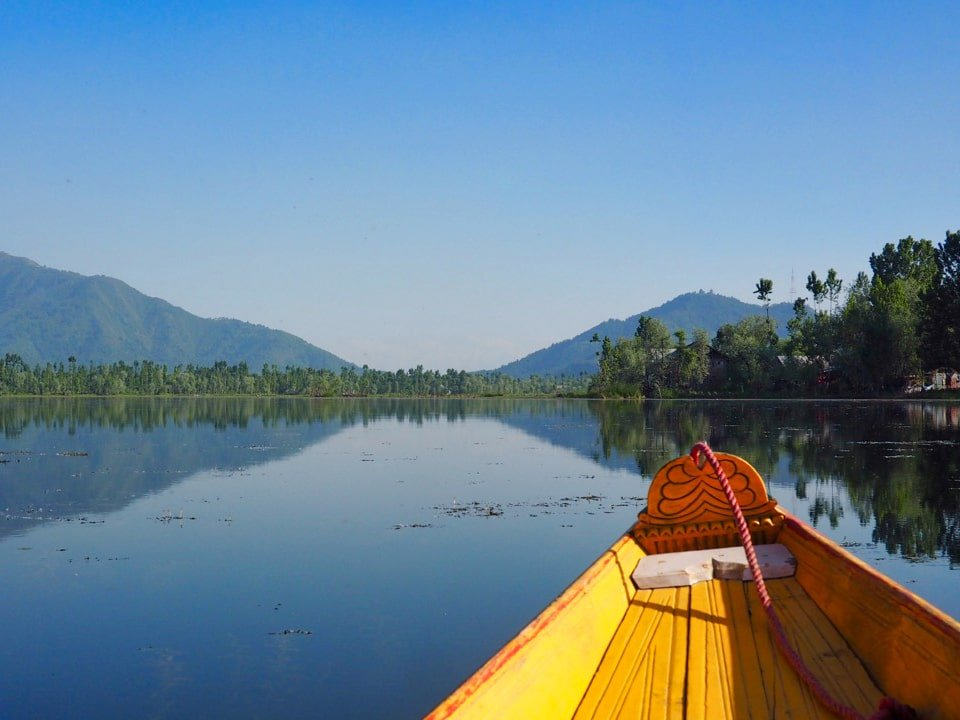 Cruising on Dal Lake