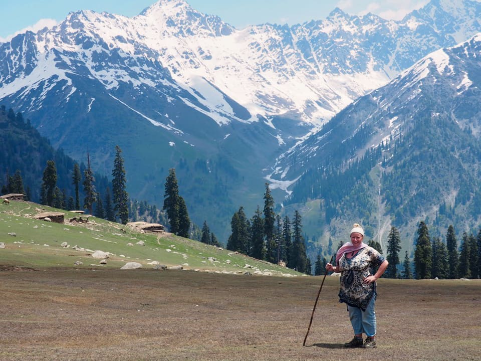 Nicky on the Kashmir Valley hike