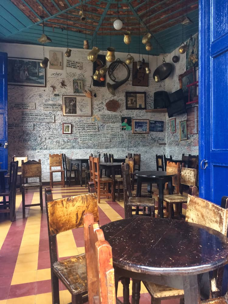Bar interior, Jardin