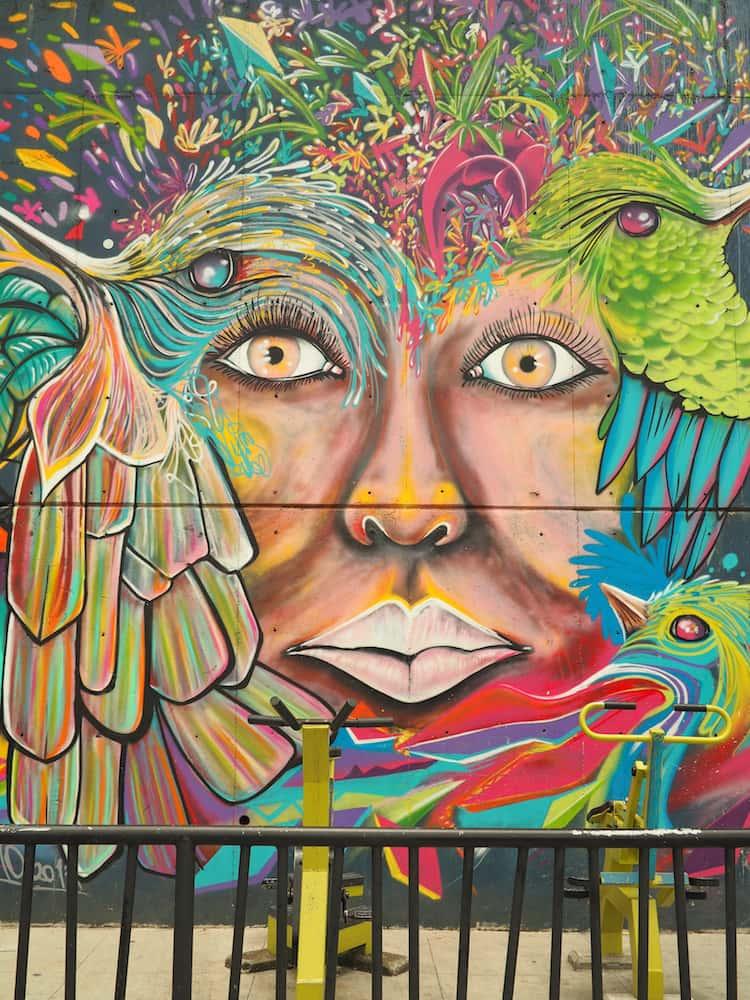 Comuna 13, Medellin - street art 18