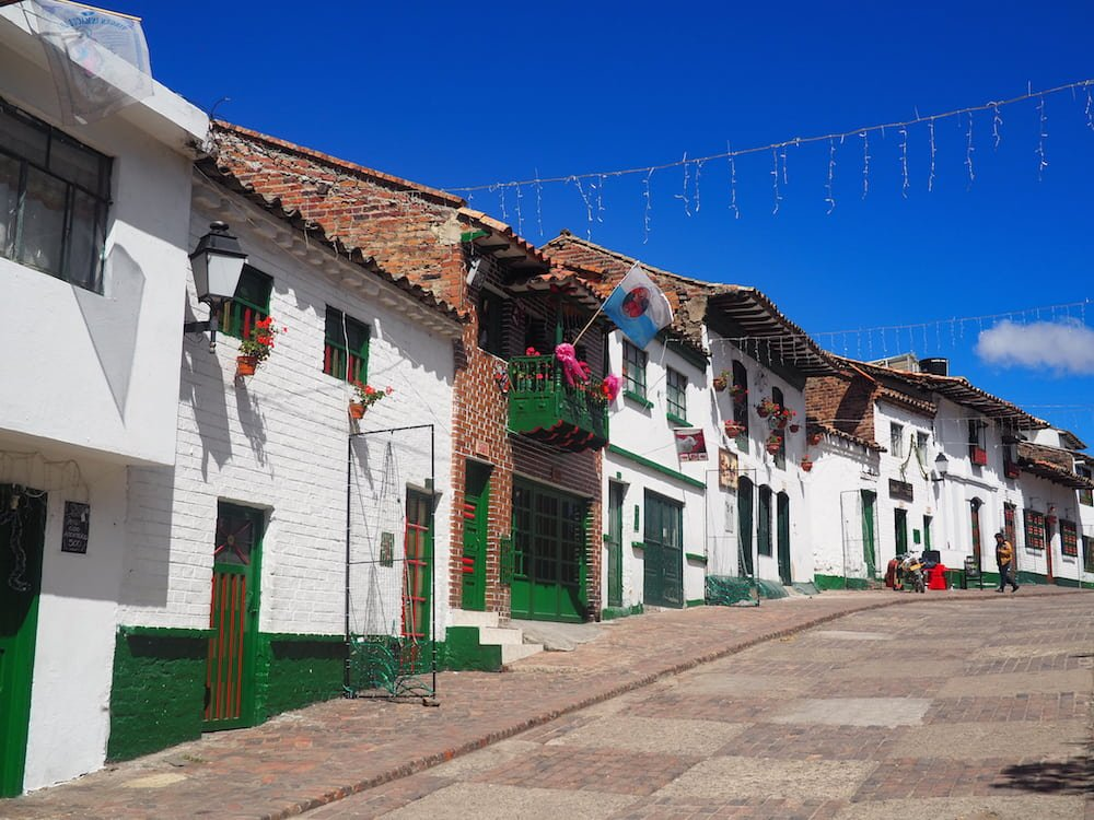 Row of houses in Mongui