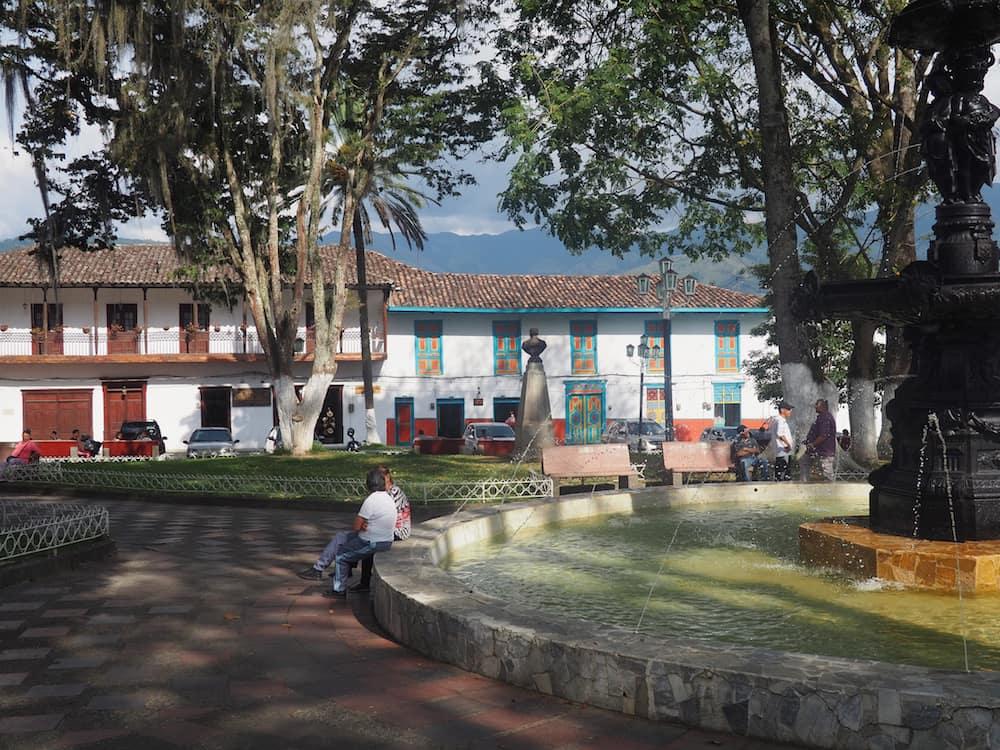 Salamina's main plaza