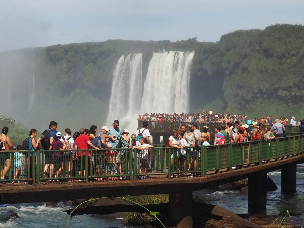 Garganta del Diablo viewing bridge on the Brazilian side
