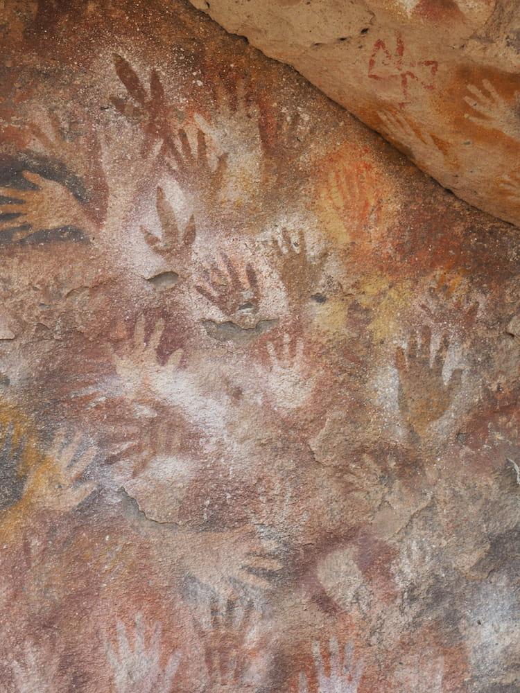Rock art in Cueva de las Manos
