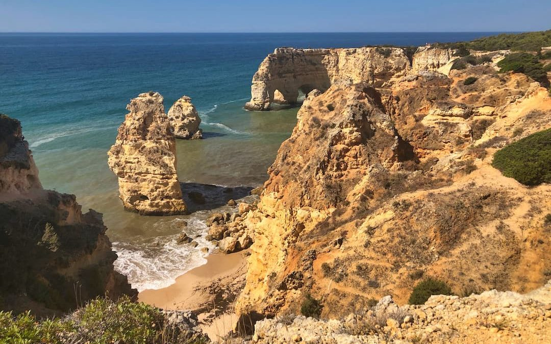 8 Exquisite Algarve Beaches…And How They Compare For Social Distancing