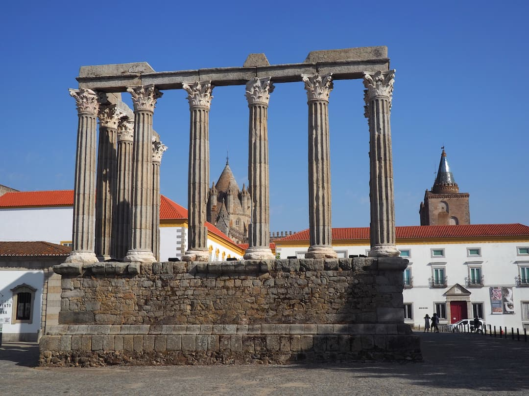Ruins of a roman temple with 5 columns